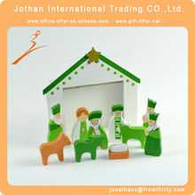 Green Color Native Christmas Decoration
