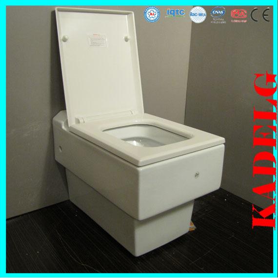 Cuarto de baño del reino unido utiliza casa rectangular wc inodoro ...