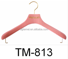 factory price red color suits pants wooden hanger with locking bar TM-813
