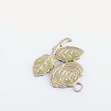 2015 mental charm nice bronze rose pendant metal embellishment for scrapbook