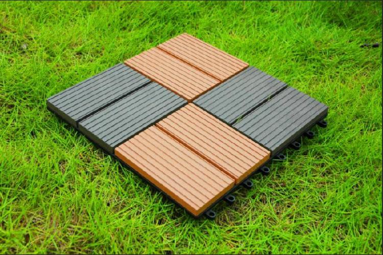 Outdoor plastic floor tiles