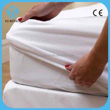 Waterproof crib mattress cover