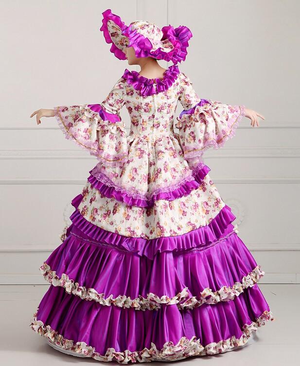 victorian dress (14).jpg