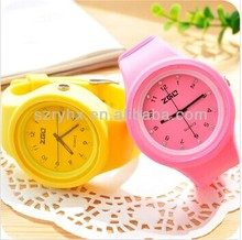 Wholesale customized promotional quartz silicone watch jelly watch