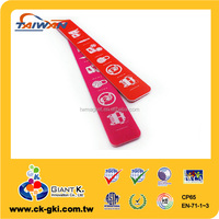 Hot sale high quality customized jeans plastic tags for clothing