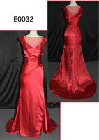 2014 Guangzhou fashion red color sheath slim satin evening dresses/gowns with heavy sparkling beading motif for women E0032