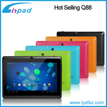 Android 4.4 A33 quad core Q88 wifi tablet pc tablet 7 android mid