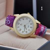 National Style Alloy Case Promotional Wrist Watch