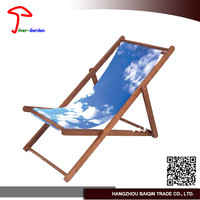 First Rate Factory Price Varnish Finishing Outdoor Padded Sun Chair
