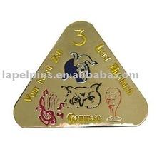 Metal Triangle Pins
