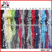 Alibaba express wholesale lady fashion lace triangle scarves