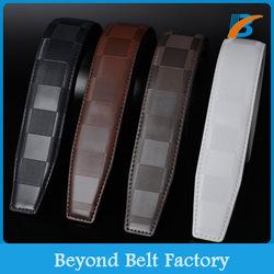 Beyond Men's 3.5cm Wide Check Design Embossed Ratchet Leather Belt strap
