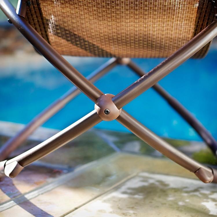 다채로운 접이식 무중력 섹스 흔들 마사지 의자 알루미늄 골동품 의자 라운지 의자 금속 의자 상품 Id