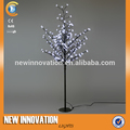 Árbol artificial de plástico de la flor de cerezo japonés