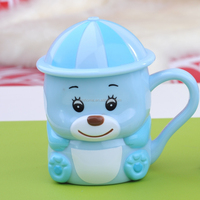 Wholesale fashion unbreakable plastic water coffee cups mugs with handle and mushroom lid for kids 4104