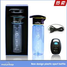 2016 articoli caldi mountop brevetto borraccia uv / acqua alimentati bottiglia depuratore batteria al litio ricaricabile