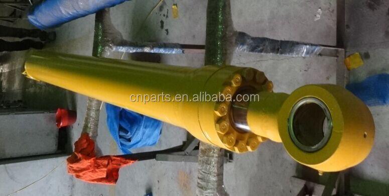 Komatsu PC340-7 bucket cylinder