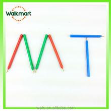 Mini triangular pen