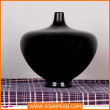 Round fiberglass vase for flower