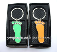 Cute shaped of metal enamel nail clippers/foot shaped nail clippers