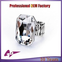 High Demand Alloy Man's Ring Factory Direct Selling Rings with Main Stone for Man
