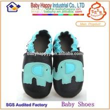 moq 60 top venta precioso animal patrón de suela suave bebé al por mayor zapatos de cuero