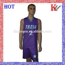 De promoción baratos precio uniforme del baloncesto sublimación de las imágenes, uniformes deportivos con los fabricantes