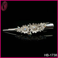 Fancy vintage silver metal hair clips with diamond flower