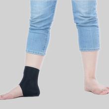 China Cheap Neoprene Waterproof Heated Velcro Ankle Brace