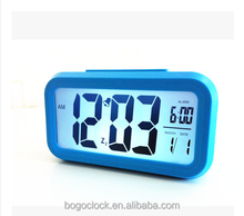 Travel Alarm clock of LED type with multifunction