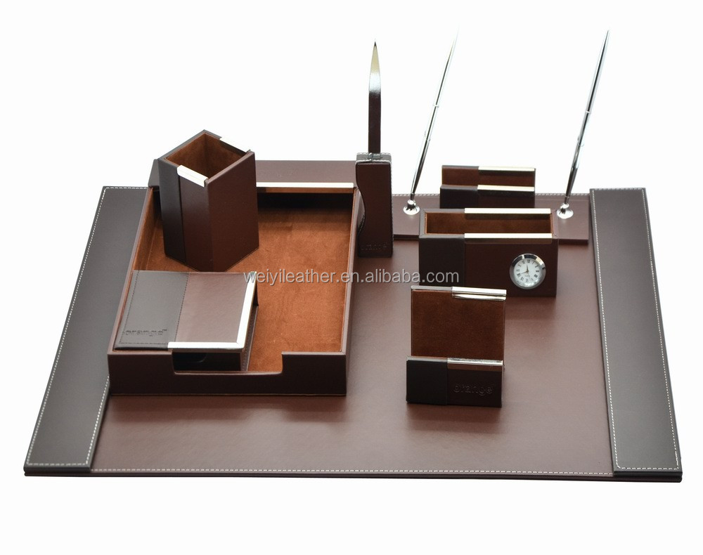 set de bureau divers louis vuitton set de bureau marron cuir r f a48987 instant luxe set de. Black Bedroom Furniture Sets. Home Design Ideas