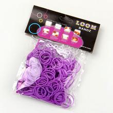 300pcs per bag + 12pcs S + 1 clips elastic loom