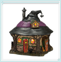 Polyresin Witch Haunt Lit House for Halloween Ornaments