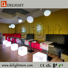 Low price RGB color changing outdoor illuminated rechargeable mobile 16 colors led light ice cube for hotel