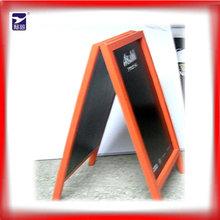 marco de madera pizarra de doble cara