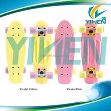 Retro Board 22'' Pastel LAND SURFER CRUISER PLASTIC Skateboard