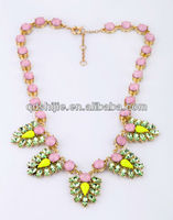 Romantic Love 2014 New Coming Resin And Rhinestone Necklace