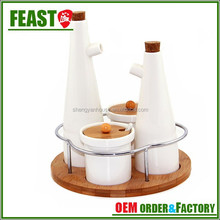 Kitchenware ceramic oil and vinegar bottle with bamboo bung