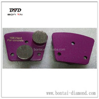 Two round diamond segments metal grinding wings for concrete Medium Grits