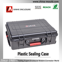 Hard quality plastic equipment case with wheel and scalable tie rod