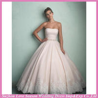 WD7524 Brand new with high quality baby pink color strapless diamond belt ball gown lace hemline organza overlay wedding dress