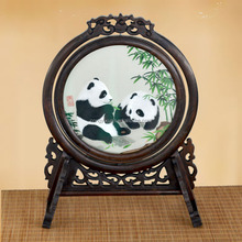 Chinese Style Table Decoration Oem Pattern Hand Embroidery