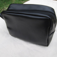 Wholesale Mustache Faux Leather Pouch Toiletry Cosmetic Bag Shaving bag with a small handle from DOM-1020130
