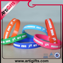 selling well all over the world 100% quality control fashional new printed silicone wristband