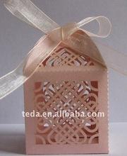 Hot 2012 double hearts laser cut wedding favor candy box