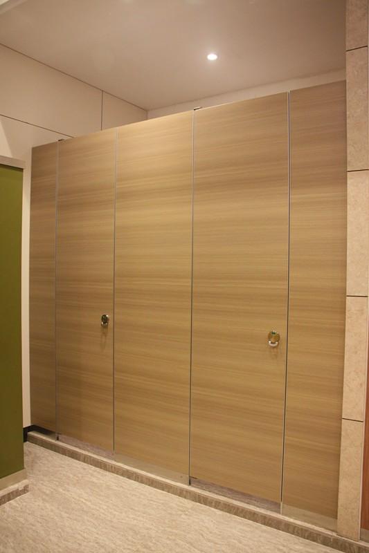 composite board toilet cubicle 4.jpg
