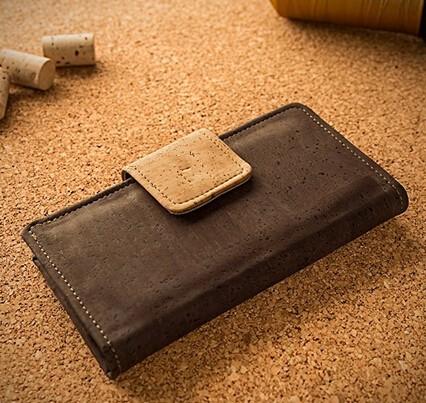 dark cork wallet (7).jpg