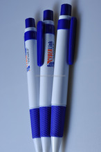 Promotion logo retractable ball pen/customized promotional pens