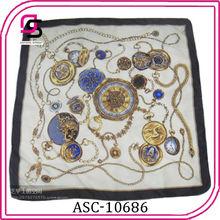 venta al por mayor de china 90x90 cuadrado sarga musulmán impreso pañuelo de seda