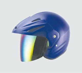 Abierto de la cara del casco, la mitad casco. Casco de la motocicleta